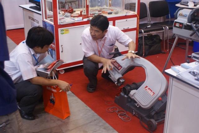 Hội chợ triễn lãm máy móc và TBCN Quốc Tế lần thứ 19